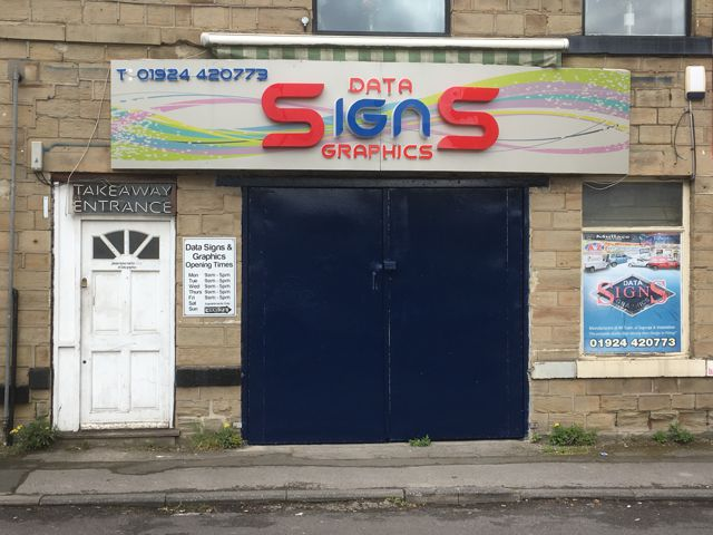 Front of the building of dgSigns