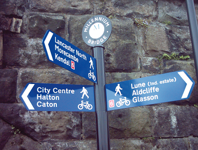 An example of the Stylos fingerpost system.