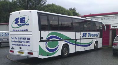 Coach livery of coach owned by SE Travel, done by The Sign Factory.