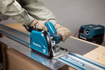 the groove cutter saw in action