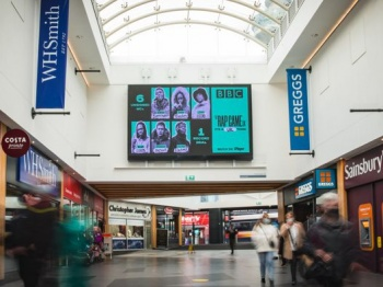 One of the two 5x3m Digital signs inside Liverpool Central station